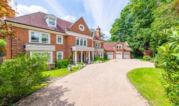 House in Leatherhead, England, United Kingdom 1