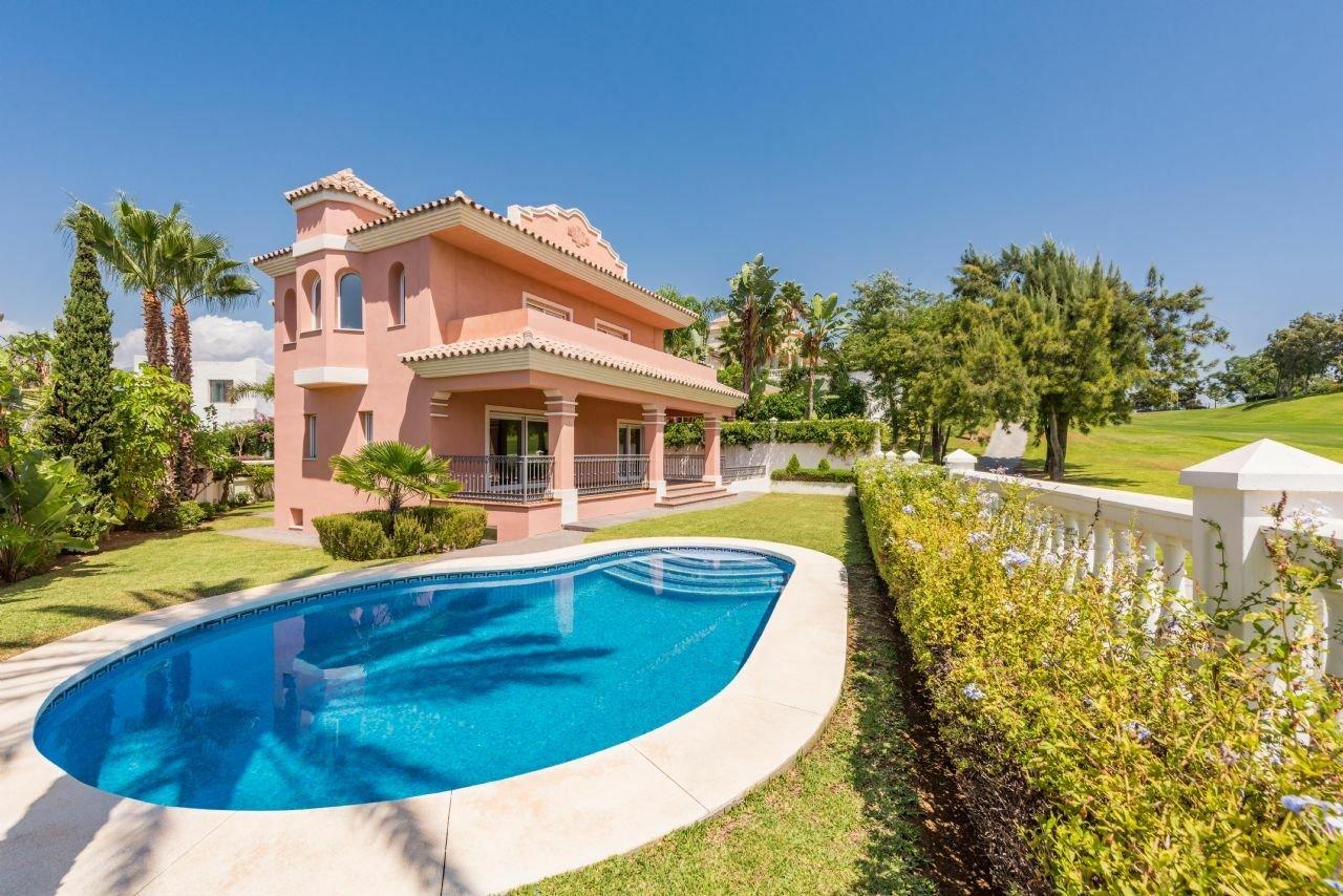 Villa in Marbella, Andalusia, Spain 1 - 11543298