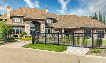House in Edmonton, Alberta, Canada 1