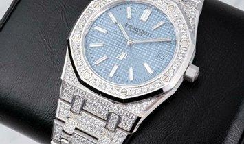 "Audemars Piguet 15202BC.ZZ.1241BC.02 Royal Oak ""Jumbo"" Extra Thin 18K White Gold Diamond Set"