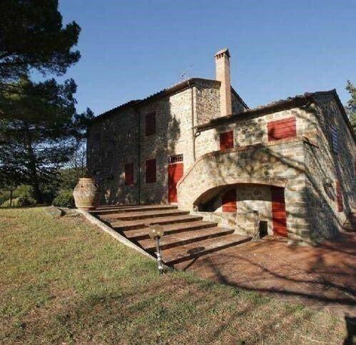 Farm Ranch in Vinci, Tuscany, Italy 1 - 11545083