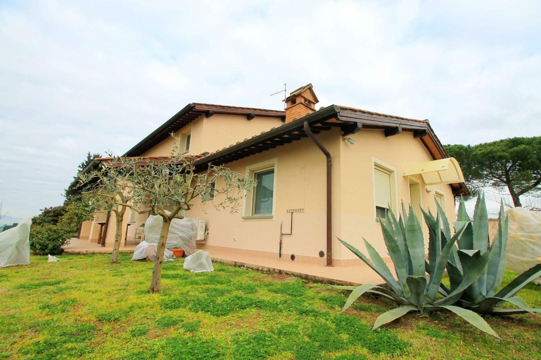 Farm Ranch in Cerreto Guidi, Tuscany, Italy 1 - 11545059