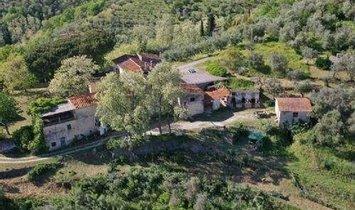 Farm Ranch in San Baronto, Toskana, Italien 1