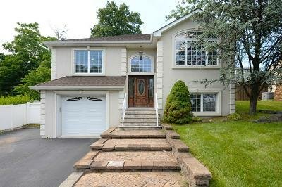 House in Totowa, New Jersey, United States 1 - 11508138