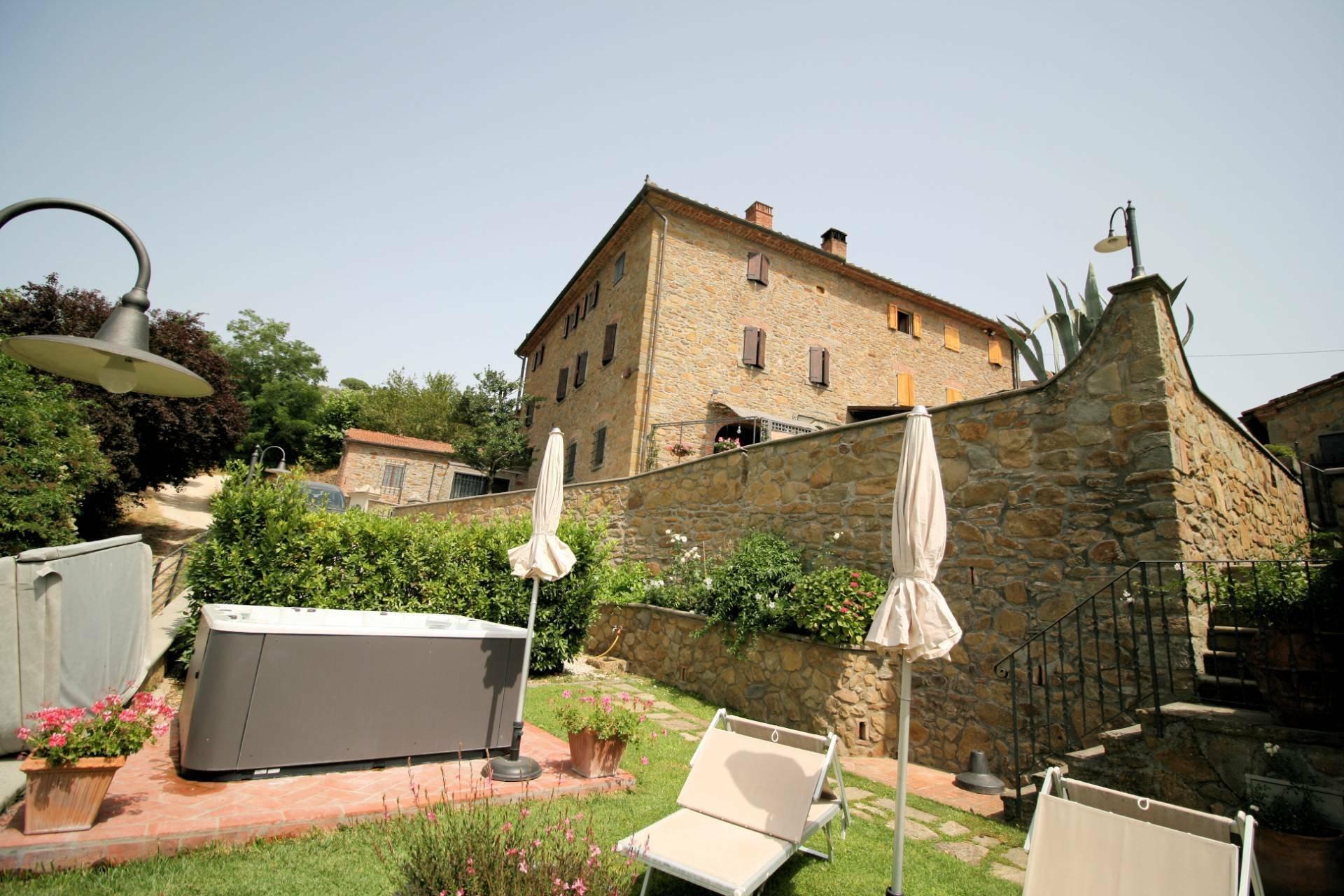 Farm Ranch in Barano, Tuscany, Italy 1 - 11546944