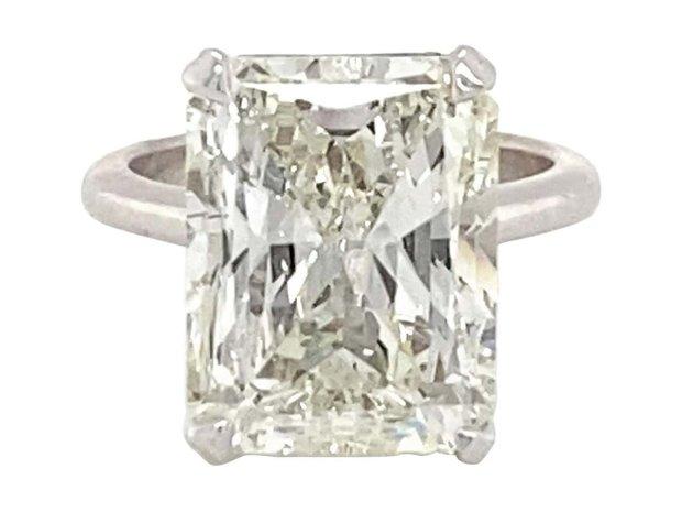 10.089 Carat Diamond Ring (11548792)