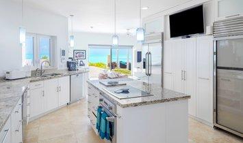 Villa in Long Bay Hills, Turks- und Caicosinseln 1