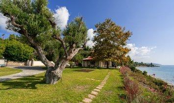 Villa a Moles Kalives, Grecia 1