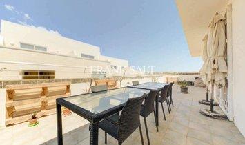 Penthouse in Żebbuġ, Malta 1