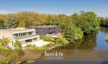 Villa in Apollobuurt, Nordholland, Niederlande 1