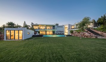 Country House in Torres Vedras, Lisbon, Portugal 1