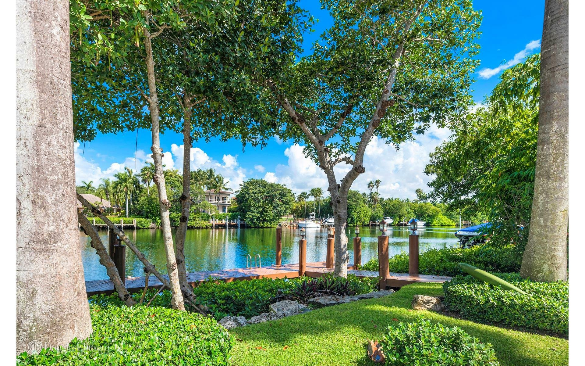 House in Miami, Florida, United States 1 - 11552036