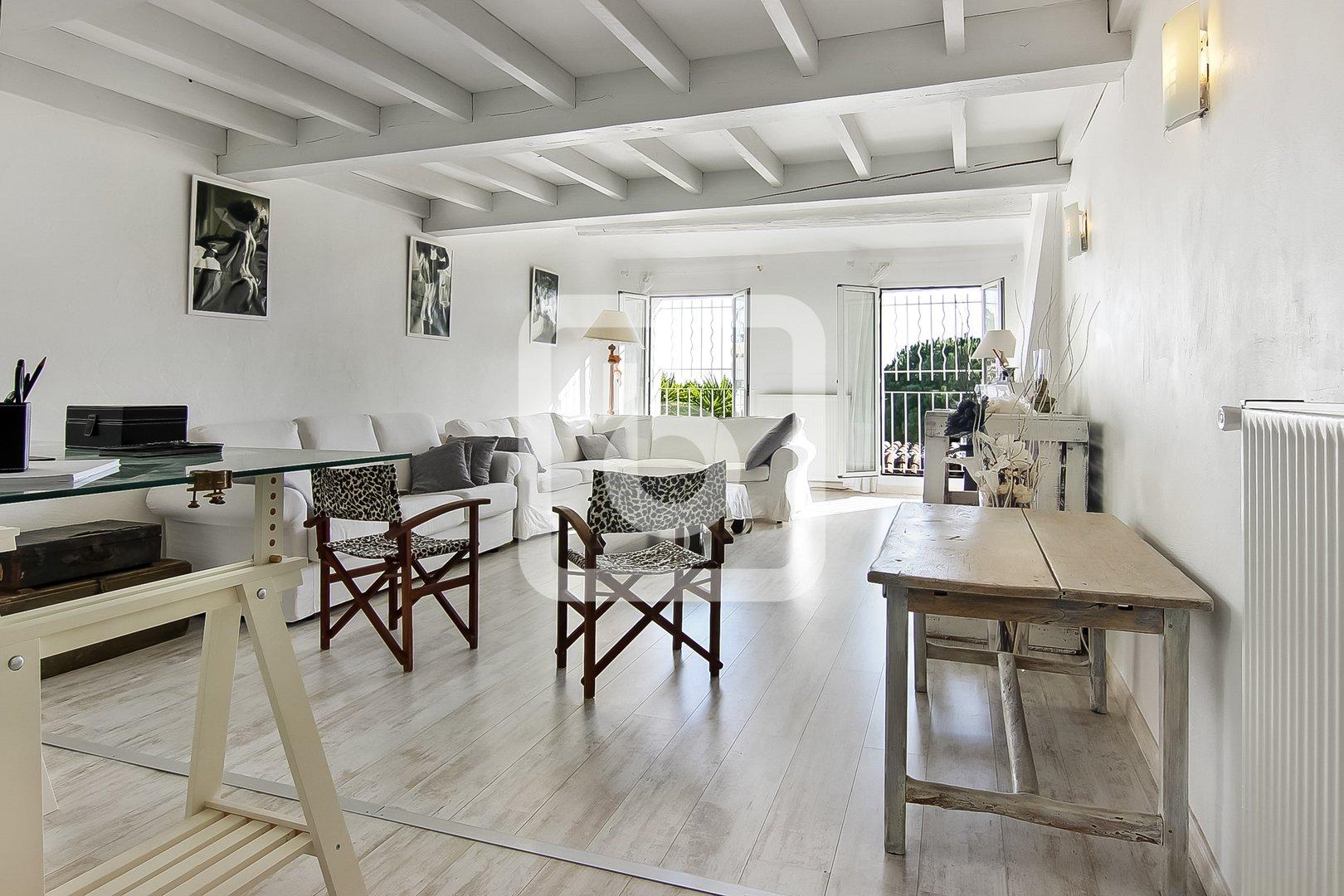 House in Cagnes-sur-Mer, Provence-Alpes-Côte d'Azur, France 1 - 11554048
