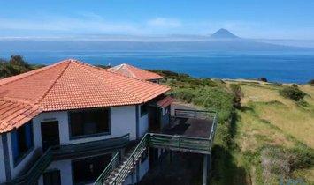 Дом в Велаш, Азорские острова, Португалия 1