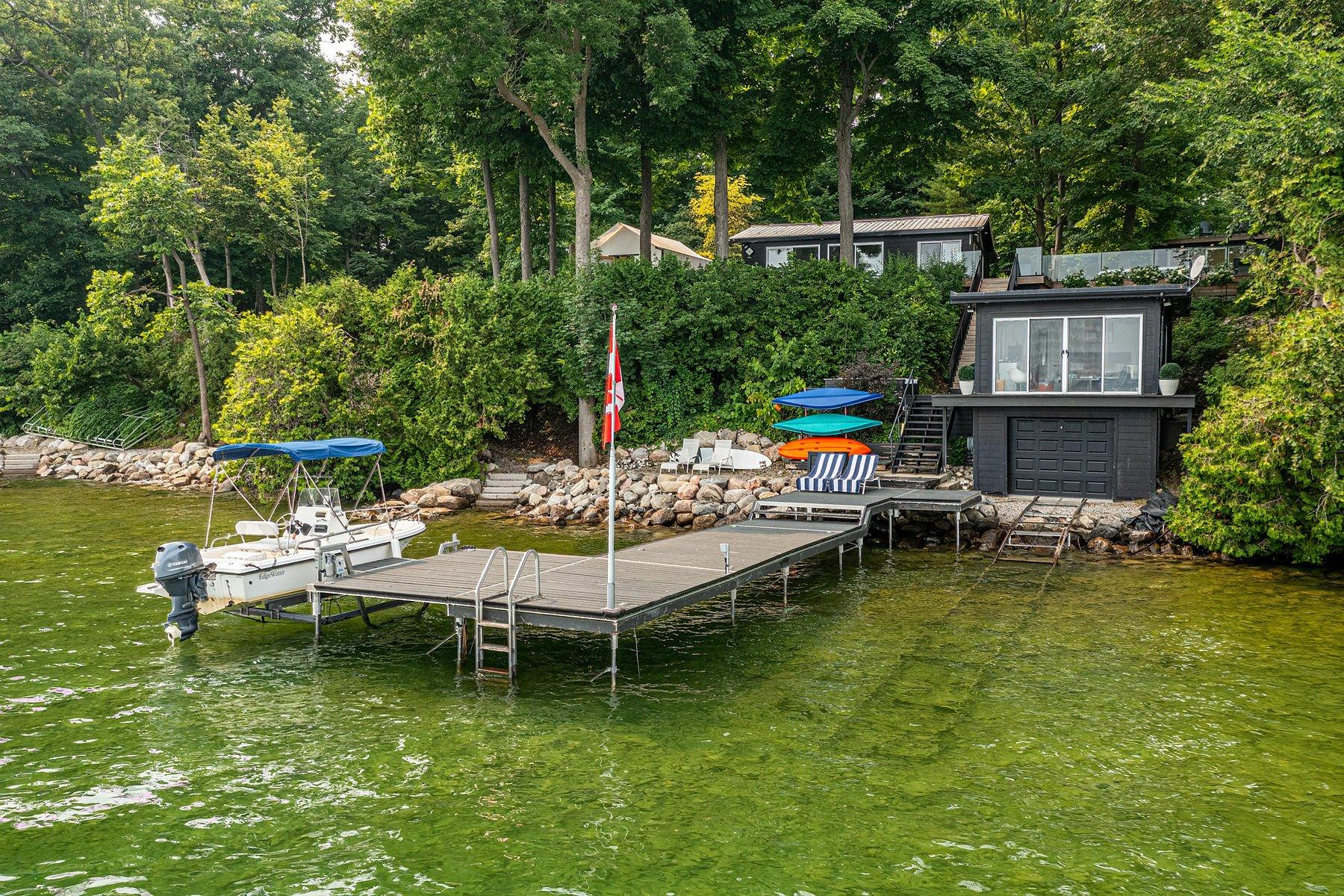 Private Island in Orillia, Ontario, Canada 1 - 11558488
