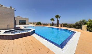 Villa in Naxxar, Malta 1