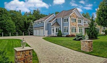 House in Middleton, Massachusetts, United States 1