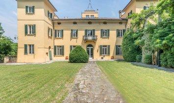 House in Bologna, Emilia-Romagna, Italy 1