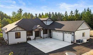 House in Roy, Washington, United States 1