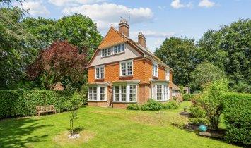 Дом в Булфорд, Англия, Великобритания 1