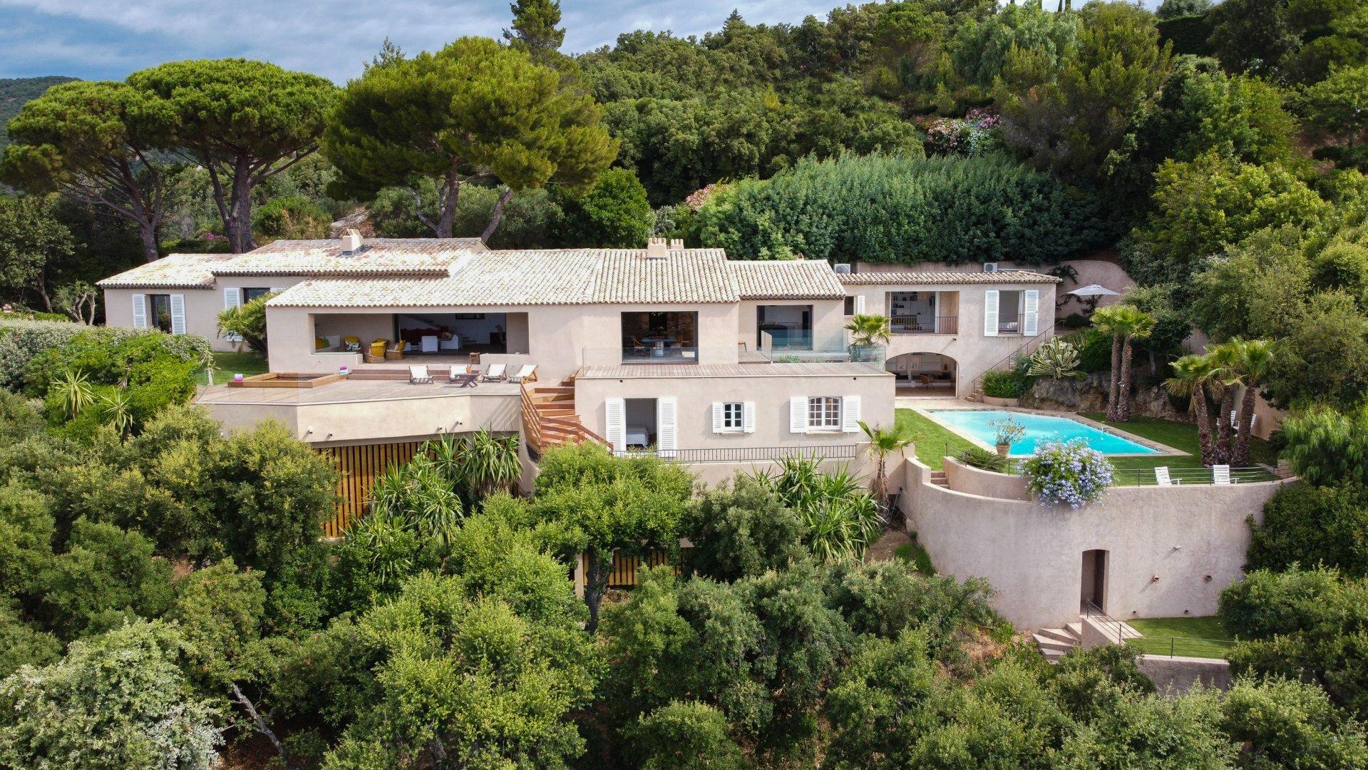 House in Grimaud, Provence-Alpes-Côte d'Azur, France 1 - 11566434