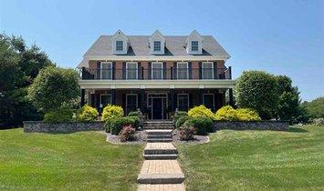 Дом в Гейлсберг, Иллинойс, Соединенные Штаты Америки 1