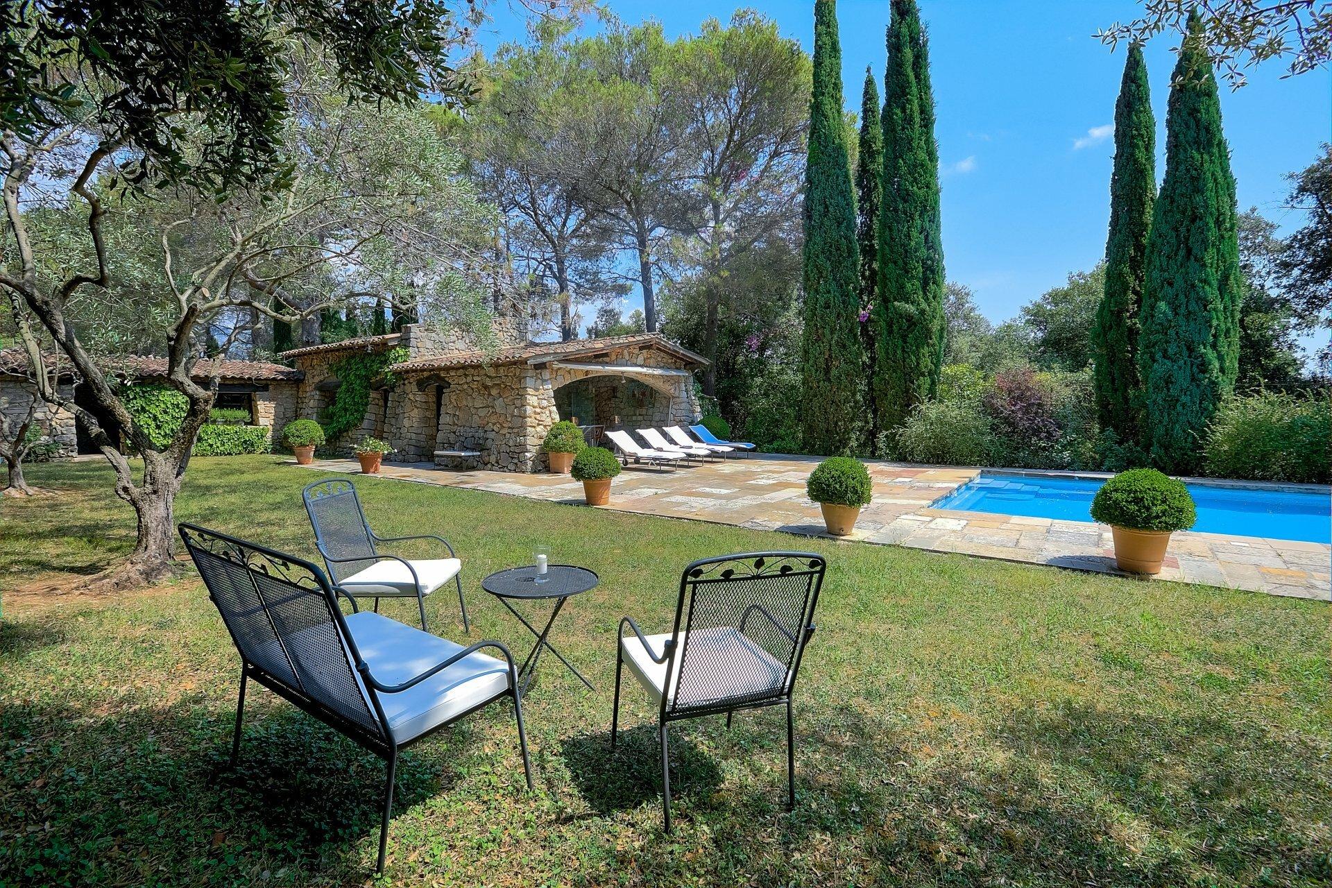 House in Auribeau-sur-Siagne, Provence-Alpes-Côte d'Azur, France 1 - 11566454
