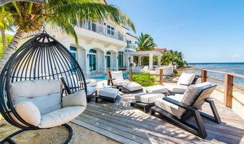 Villa in George Town, George Town, Cayman Islands 1