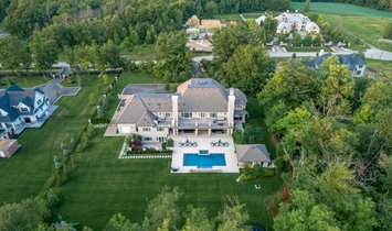 House in Burlington, Ontario, Canada 1