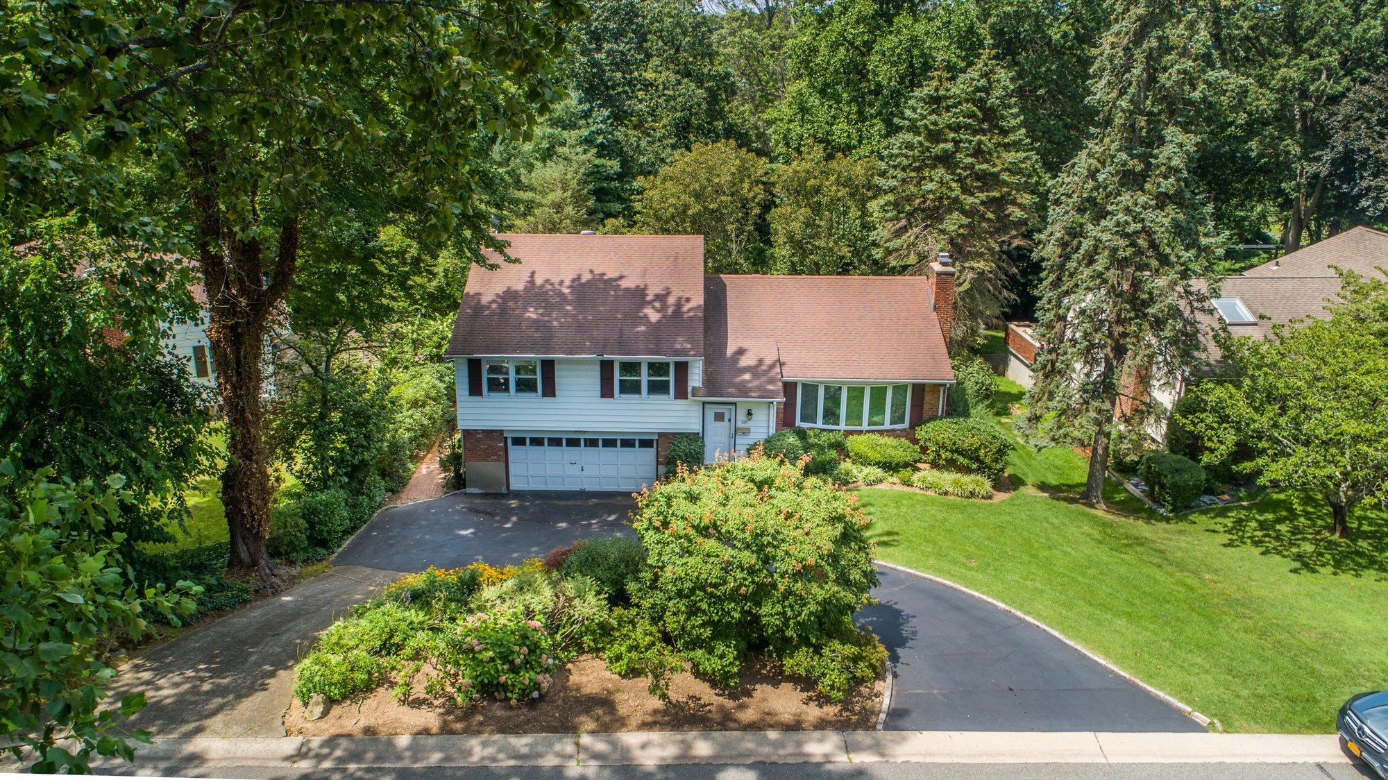 House in Manhasset, New York, United States 1 - 11570439