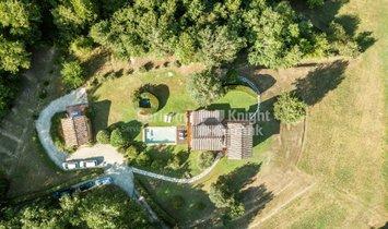 Фермерское ранчо в Валдотаво, Тоскана, Италия 1