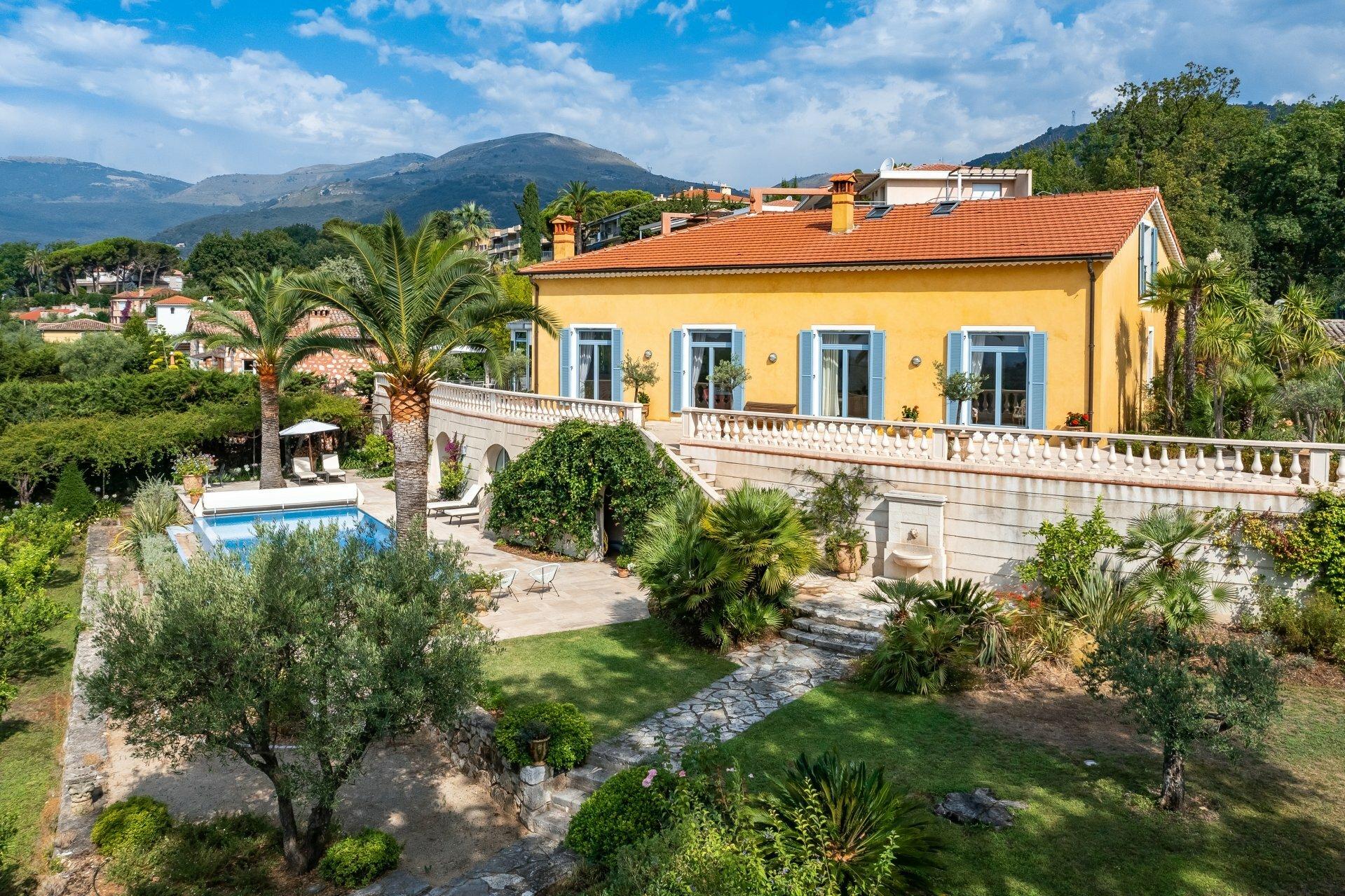 House in Vence, Provence-Alpes-Côte d'Azur, France 1 - 11571226