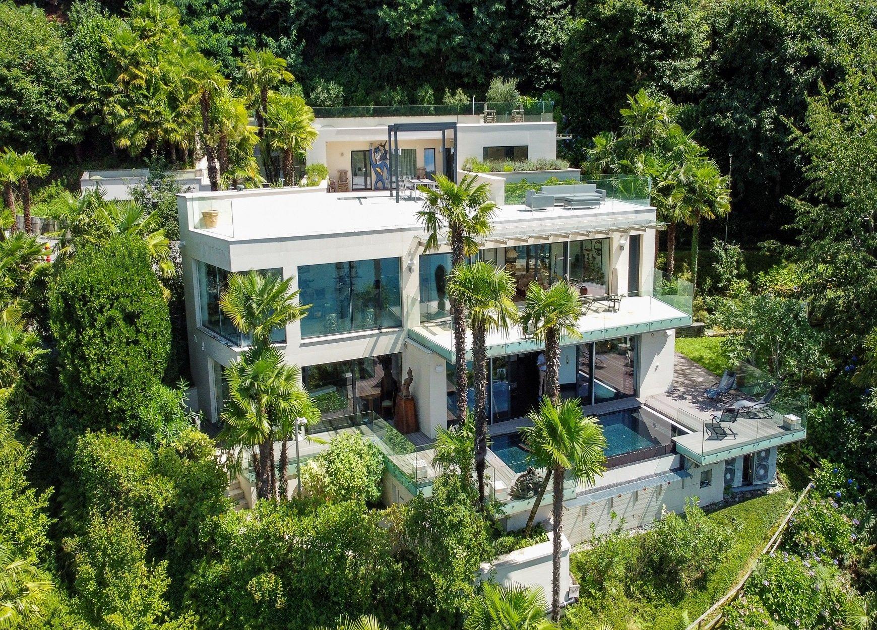 Villa in Collina d'Oro, Ticino, Switzerland 1 - 11381164