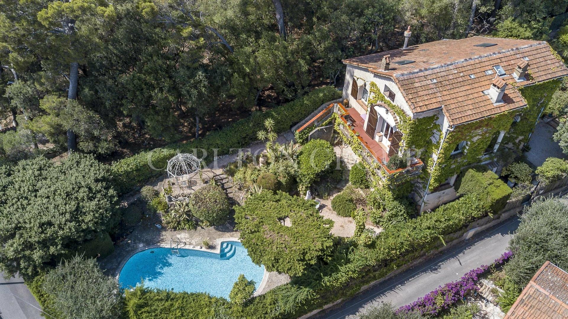 Villa in Nice, Provence-Alpes-Côte d'Azur, France 1 - 11569443