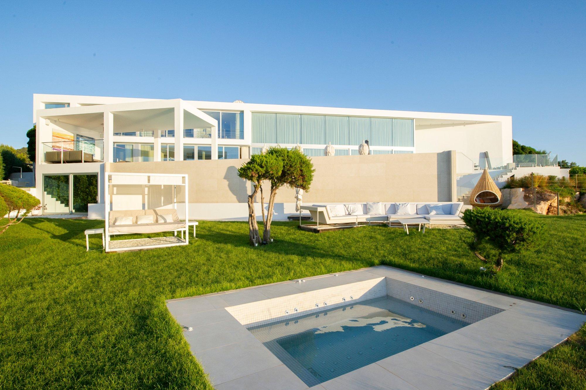 Villa in Balearic Islands, Spain 1 - 11396750