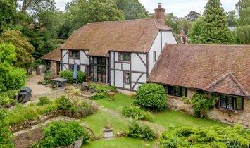 Дом в Кроли Даун, Англия, Великобритания 1