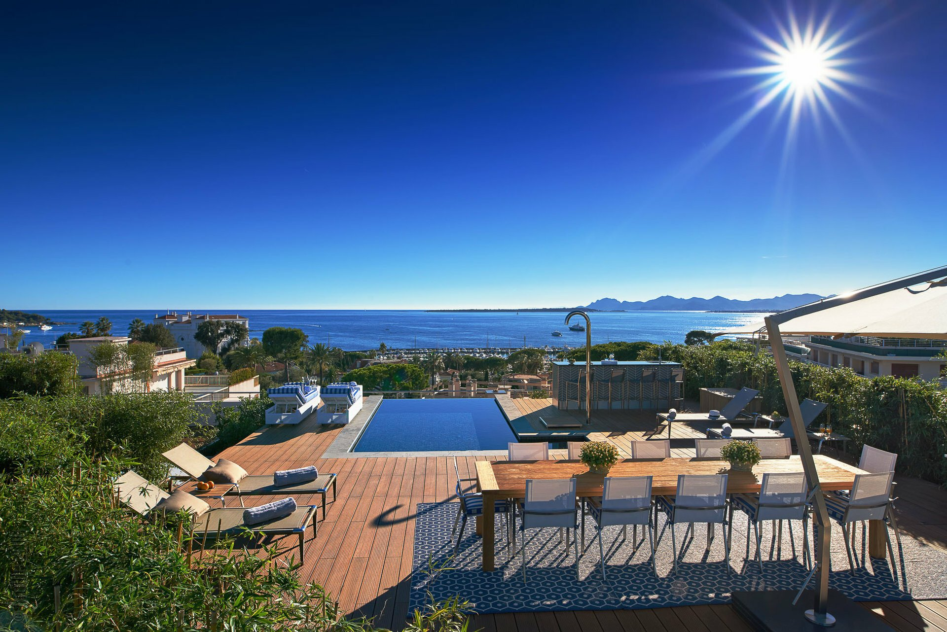 House in Antibes, Provence-Alpes-Côte d'Azur, France 1 - 10933848