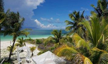 Дом в Буллок Харбор, Берри, Багамы 1