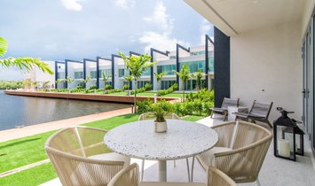 Townhouse in George Town, George Town, Cayman Islands 1