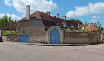 Дом в Семюр-ан-Осуа, Бургонь-Франш-Конте, Франция 1