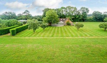 Дом в Лонг Саттон, Англия, Великобритания 1