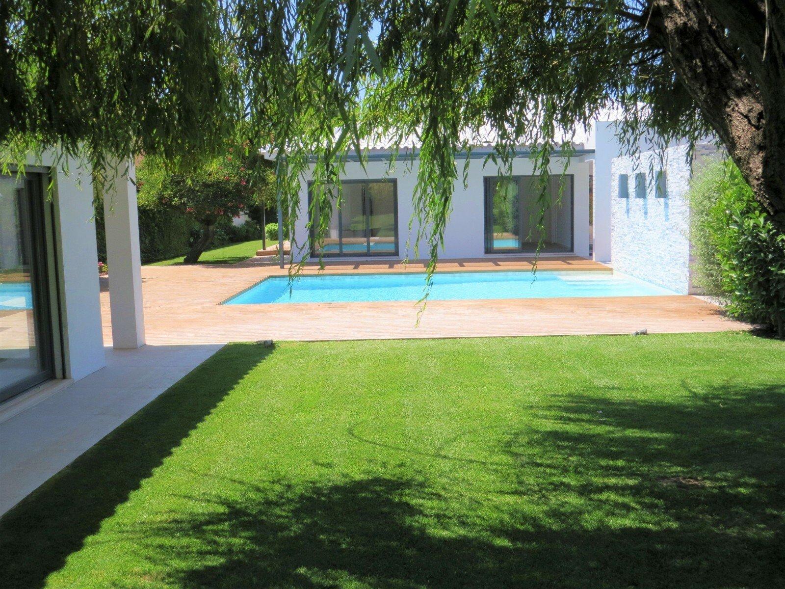 Villa in Cascais, Lisbon, Portugal 1 - 11585831