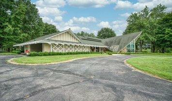 Дом в Макминнвилл, Теннесси, Соединенные Штаты Америки 1