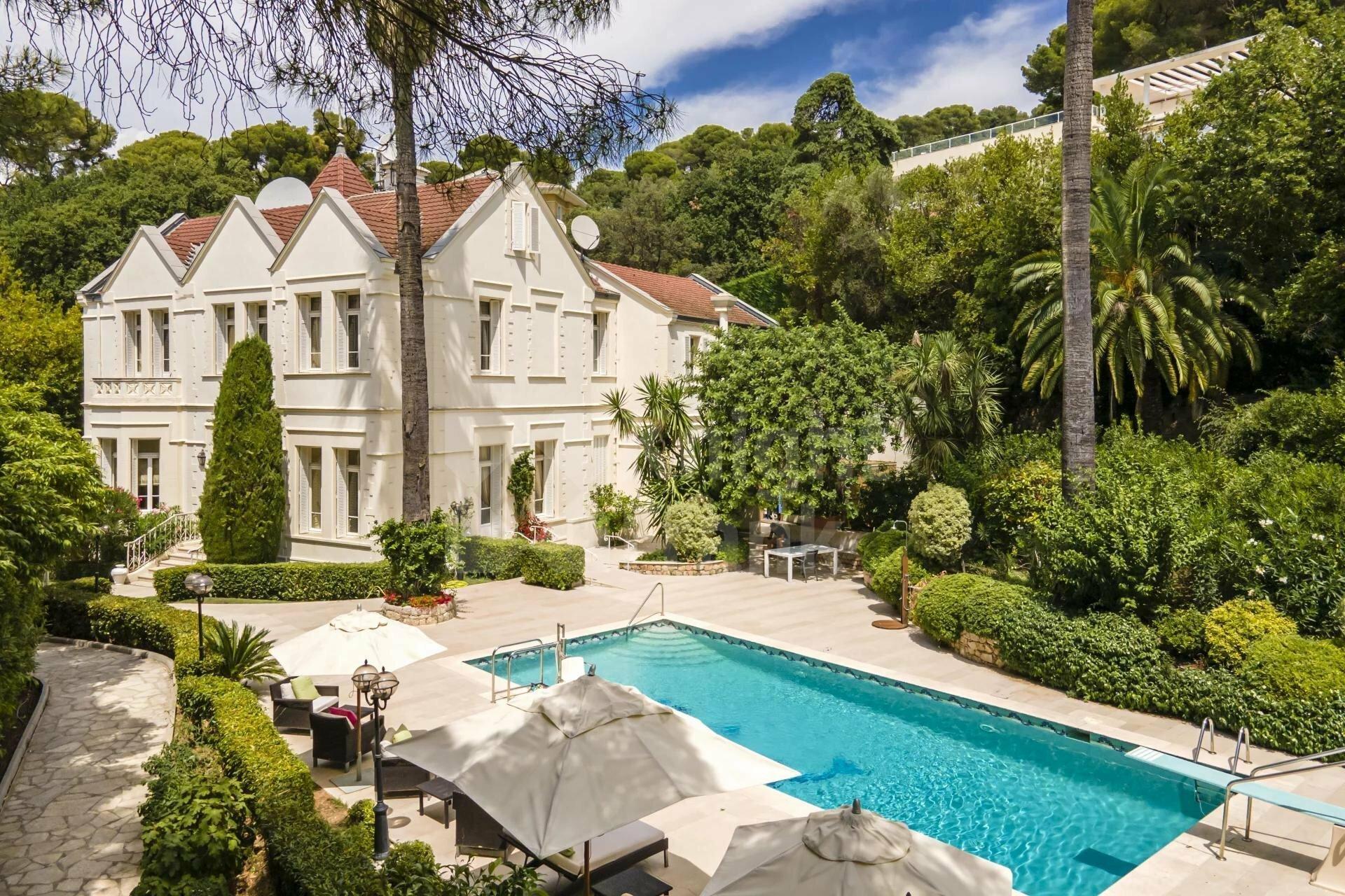 Villa in Cannes, Provence-Alpes-Côte d'Azur, France 1 - 11597423