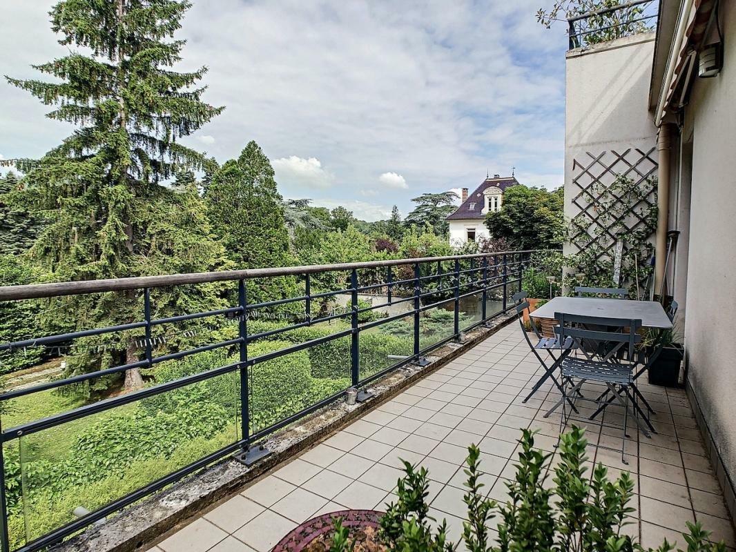 Apartamento en Tassin-la-Demi-Lune, Auvernia-Ródano-Alpes, Francia 1 - 11523021