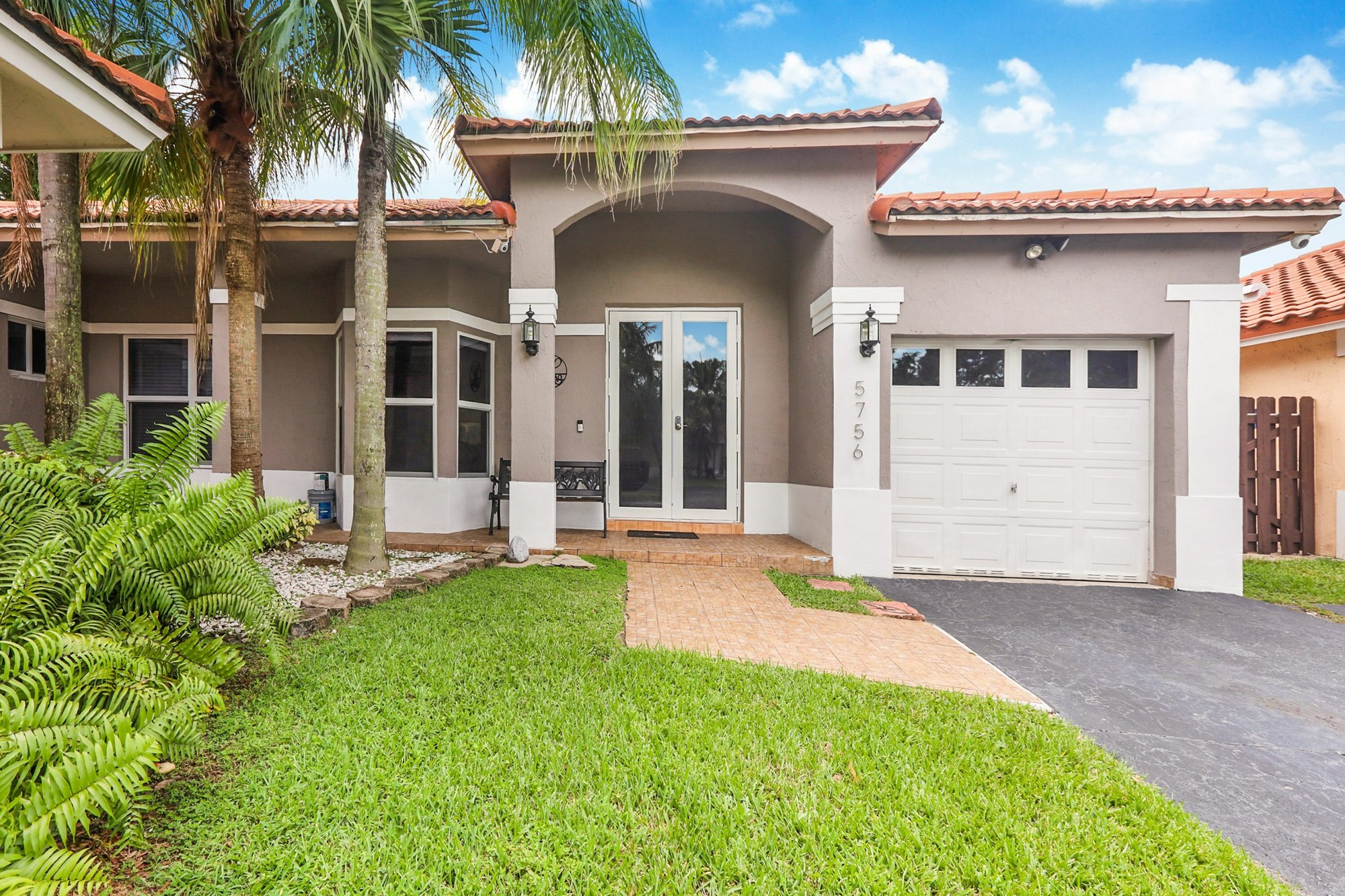House in Doral, Florida, United States 1 - 11601142