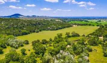 Фермерское ранчо в Сентер Пойнт, Техас, Соединенные Штаты Америки 1