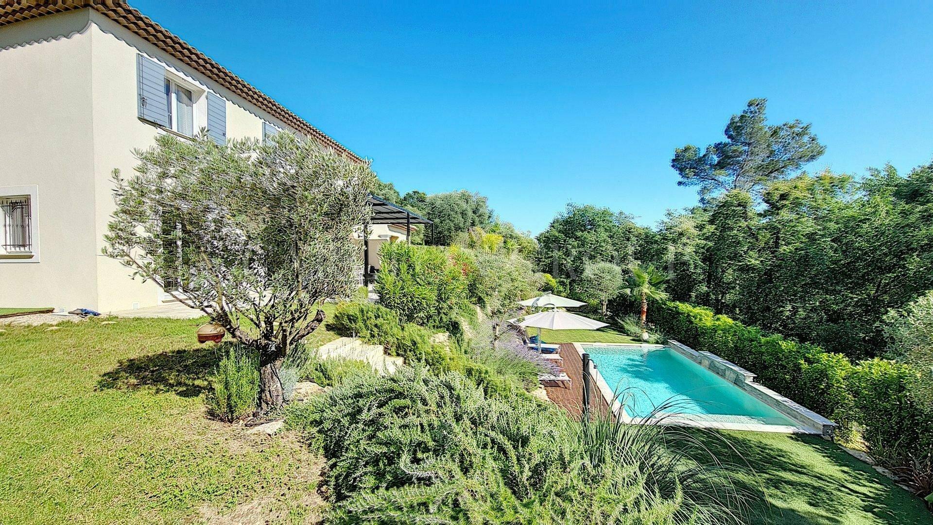House in Tourrettes-sur-Loup, Provence-Alpes-Côte d'Azur, France 1 - 11603253