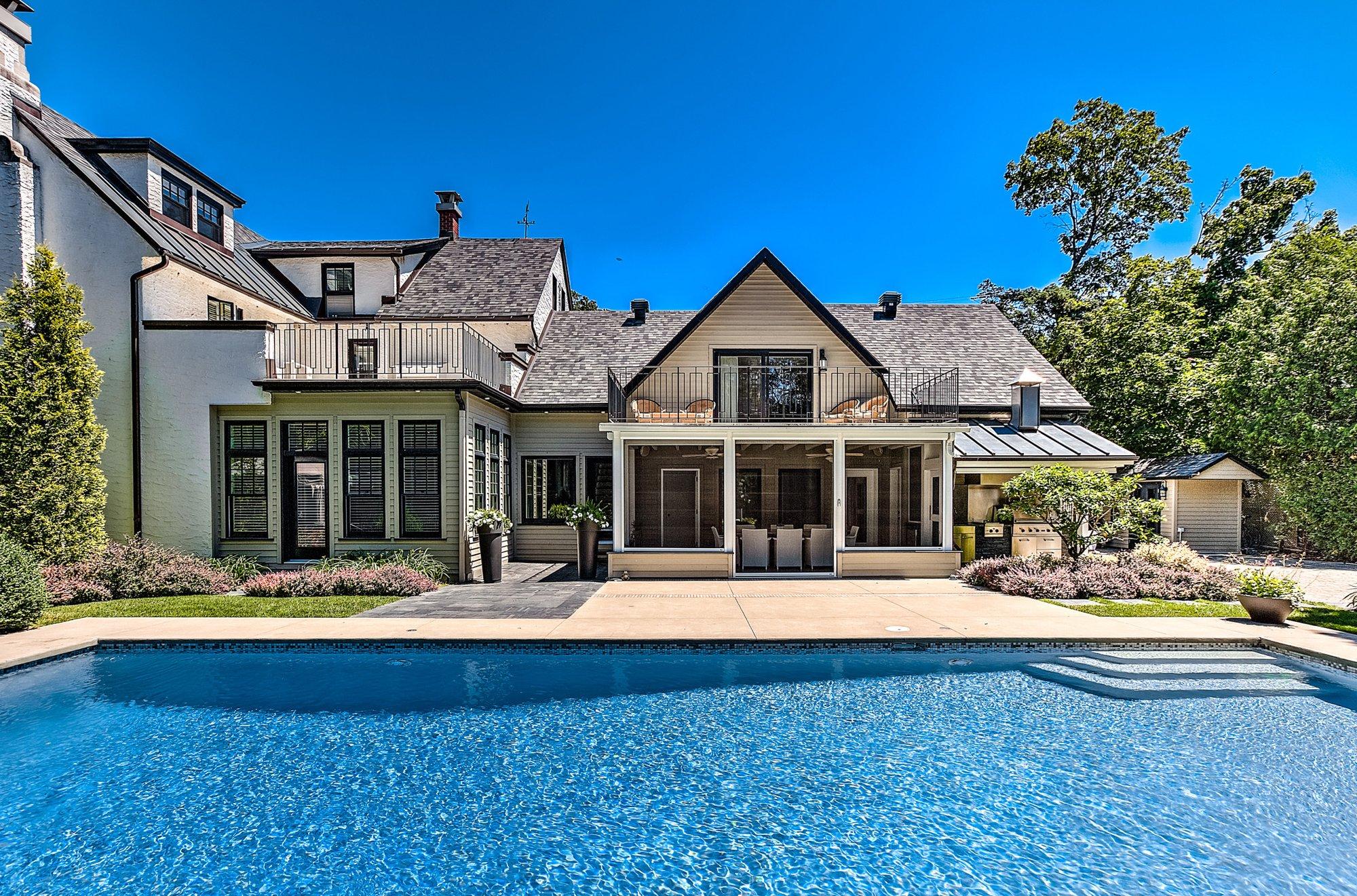 House in Saint-Lambert, Quebec, Canada 1 - 11603290