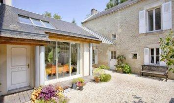 Дом в Сен-Контест, Нормандия, Франция 1